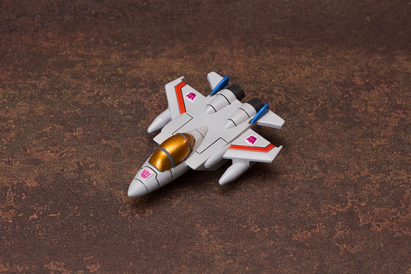 model-kit-starscream-03