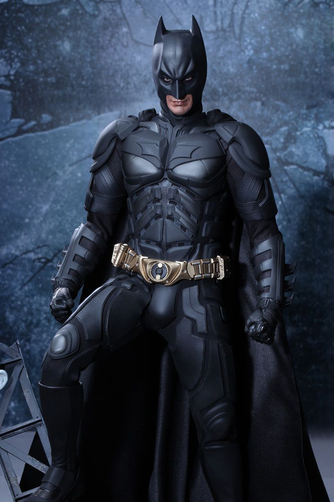 the-dark-knight-rises-batman-1-4-hot-toys-01